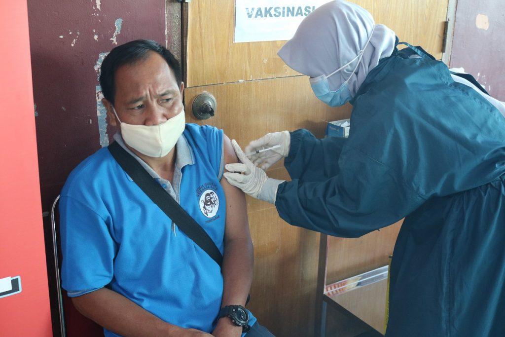 Vaksinasi Covid19 SMAGB_8_1200x800