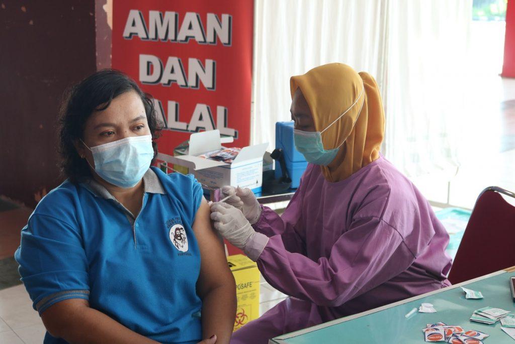 Vaksinasi Covid19 SMAGB_9_1200x800